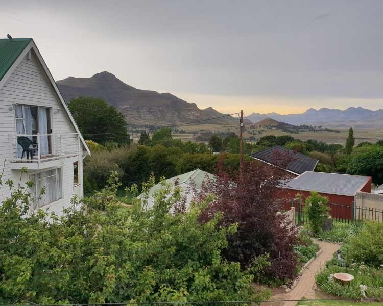 Knock Out View Clarens BnB