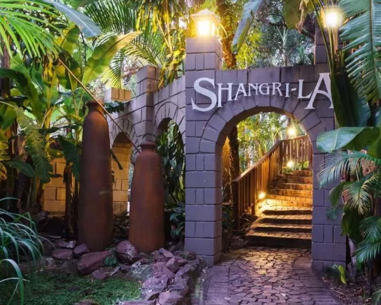 Shangri-La Country Hotel & Spa
